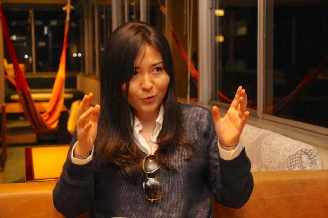 HRナビ|中村珍先生、「マンガ家は描きたいマンガが描ける仕事じゃない」は本当ですか?(インタビューの様子)